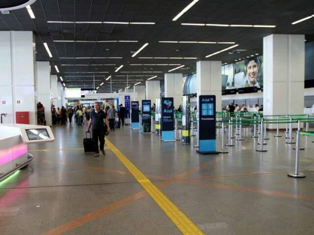 Saguão de aeroporto (Foto: Wilson Dias/Agência Brasil)