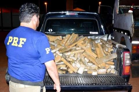 Homem é preso com 320 quilos de maconha e diz que levaria droga para Paraíba