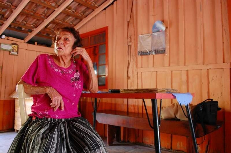 Prestes a completar 80 anos, a cantora Delinha, pode se tornar Embaixadora da Cultura de Campo Grande (Foto: Marcos Ermínio/Arquivo)