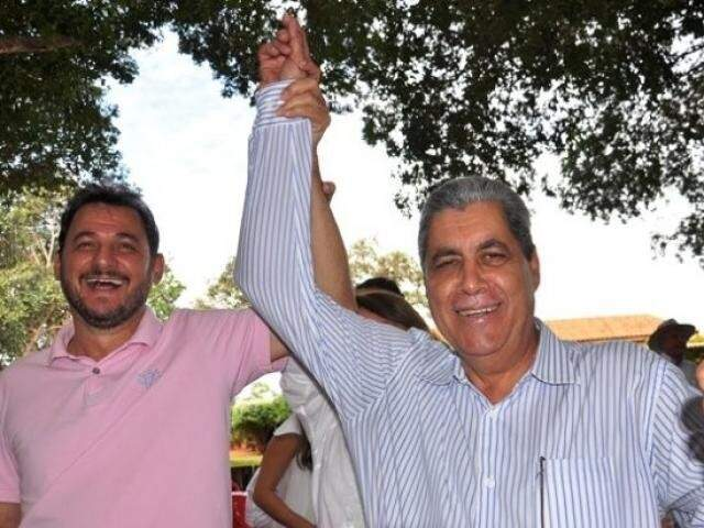 Prefeito de Costa Rica, Waldeli Rosa, ao lado do ex-governador André Puccinelli (Foto: Costa Rica em Foco)