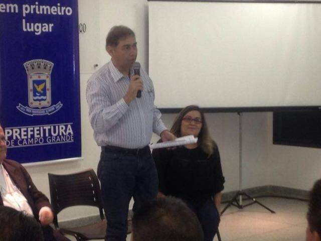 Prefeito diz que processará Roberto Durães (PSC). (Foto: Alberto Dias)