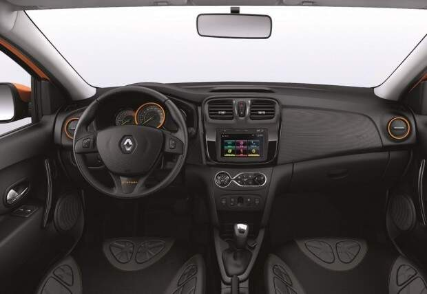 Renault lança linha 2016 do  Logan e Sandero