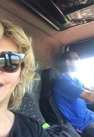 Marta e Thiago já na volta pra Dourados. (Foto: Acervo Pessoal)