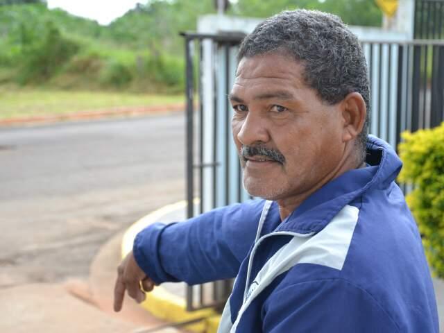 Luiz Orlando diz que problema dura há mais de quatro anos (Foto: Minamar Júnior)