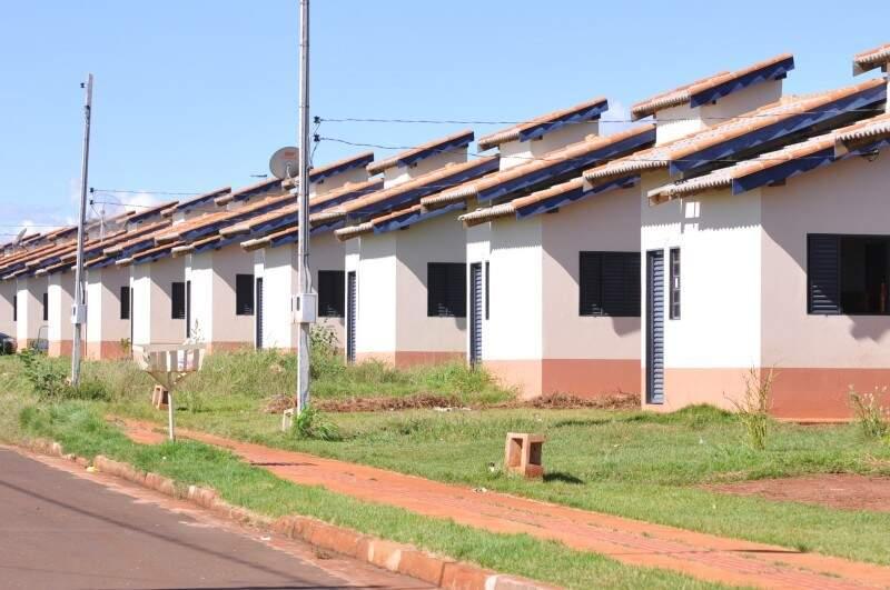 Moradores podem regularizar casas com a Agehab até 2018 (Foto: Alcides Neto - Arquivo)