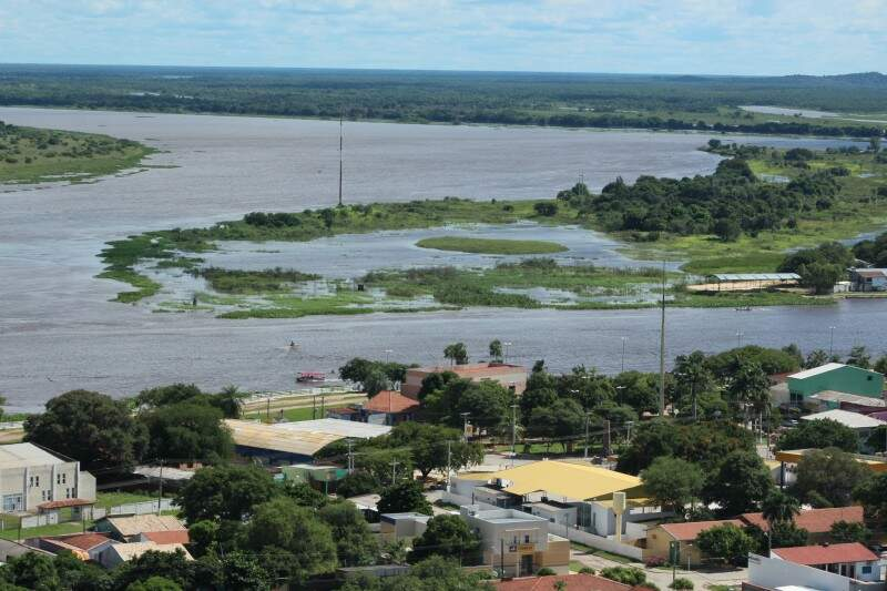 Rio Paraguai deve alcançar cerca de 5,5 metros no município de Ladário, 5,4 metros em Porto Esperança e 4,6 metros em Forte Coimbra (Foto: Divulgação/Ecoa)