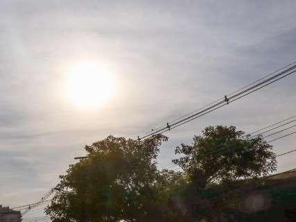 Inmet prevê céu nublado e chance de pancadas de chuvas isoladas
