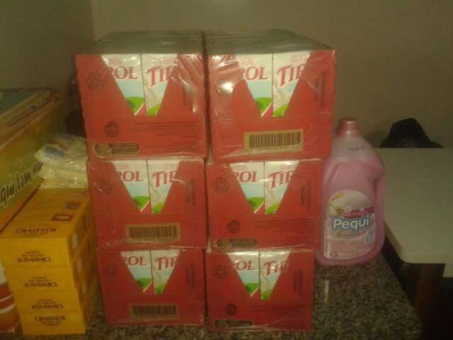 Alimentos arrecadados com a venda de latinhas (Foto: divulgação)