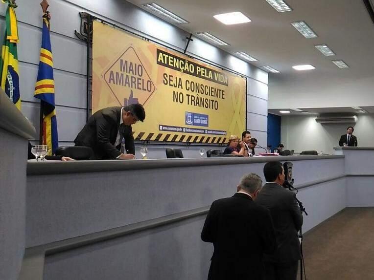 Sessão desta quinta-feira na Câmara Municipal (Foto: Kleber Clajus)