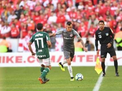 Palmeiras fica no empate sem gols com Internacional e entra no G4
