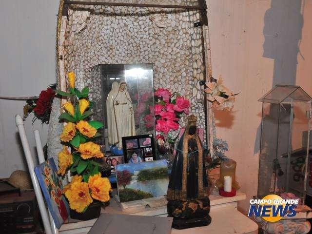 Santa do Mel atraiu milhares e dividiu opiniões entre milagre e pilantragem