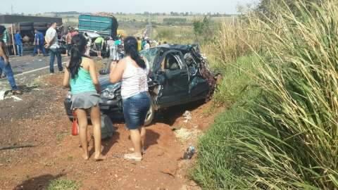 Colisão envolve oito veículos, matou quatro e feriu 20 pessoas na 163