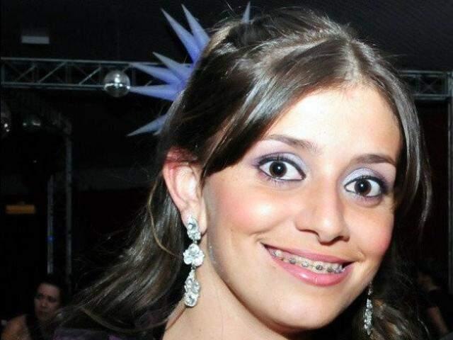 Marielly foi morta em 2011, depois de aborto malsucedido em Sidrolândia (Reprodução: Arquivo Familiar)