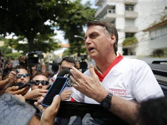 Bolsonaro comparou certificação ao Revalida, para médicos estrangeiros, e ao Exame da Ordem. (Foto: Fernando Frazão/Agência Brasil)