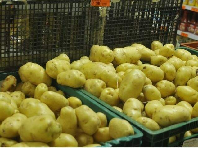 Preço da batata chegou a custar R$ 7,98 no início deste mês, mas baixou 11% devido a grande demanda do legume. (Foto: Alcides Neto)