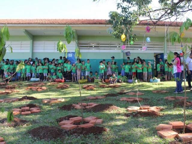 Ação apoiada pela Águas Guariroba visa incentivar tanto a preservação ambiental como trazer bons sentimentos aos alunos (Foto: Divulgação)