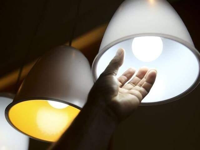 CDE é cobrada de todos os consumidores de energia elétrica; incidência deve ser reduzida a zero em cinco anos. (Foto: Arquivo)