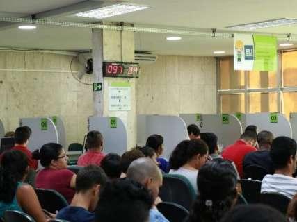 Desemprego exige espera de mais de uma hora na fila de agência