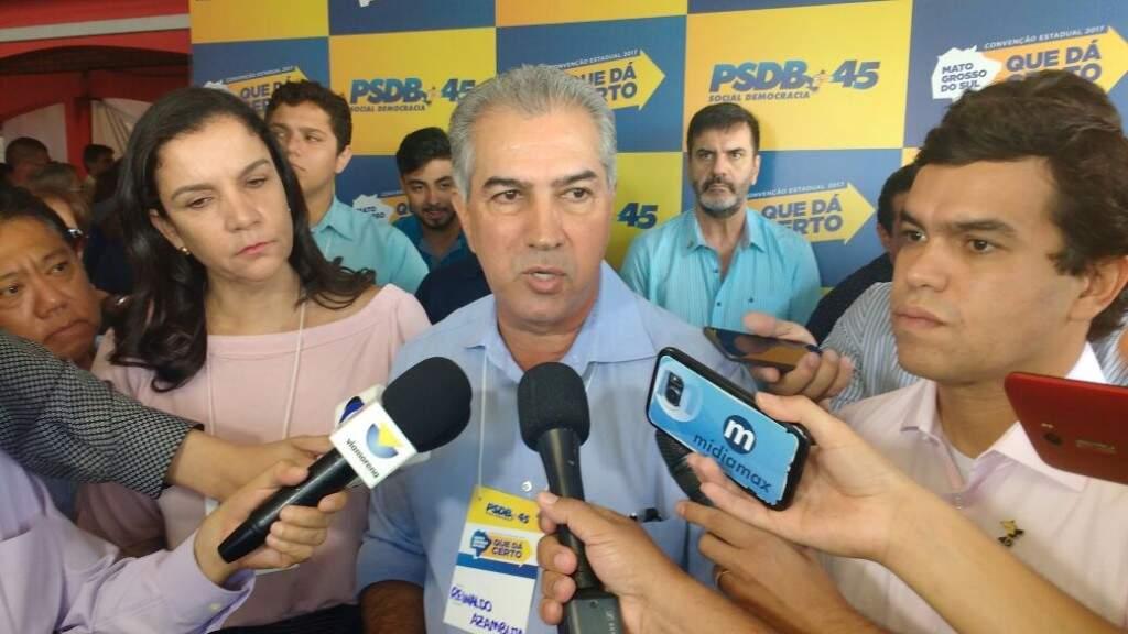 Governador Reinaldo Azambuja disse neste sábado, durante evento do PSDB, que só falará de reeleição após o Carnaval (Foto: Leonardo Rocha)