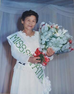Eleita Miss Simpatia em meados de 2000.