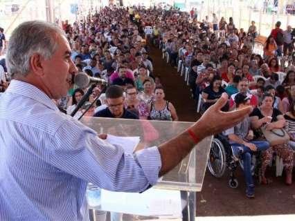 Governador visita Caravana da Saúde e autoriza R$ 11 milhões em obras