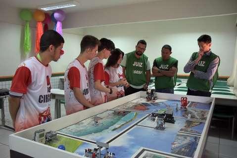 Concurso de robótica entre alunos de Corumbá tem a água como tema central