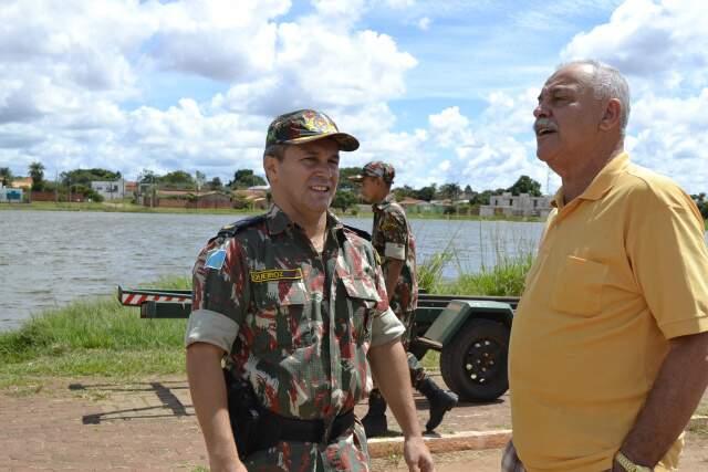 José Vicente diz que situação da lagoa já foi pior (Foto: Mariana Lopes)