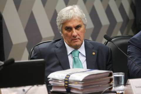 Delcídio depõe como testemunha de acusação em processo contra ex-senador