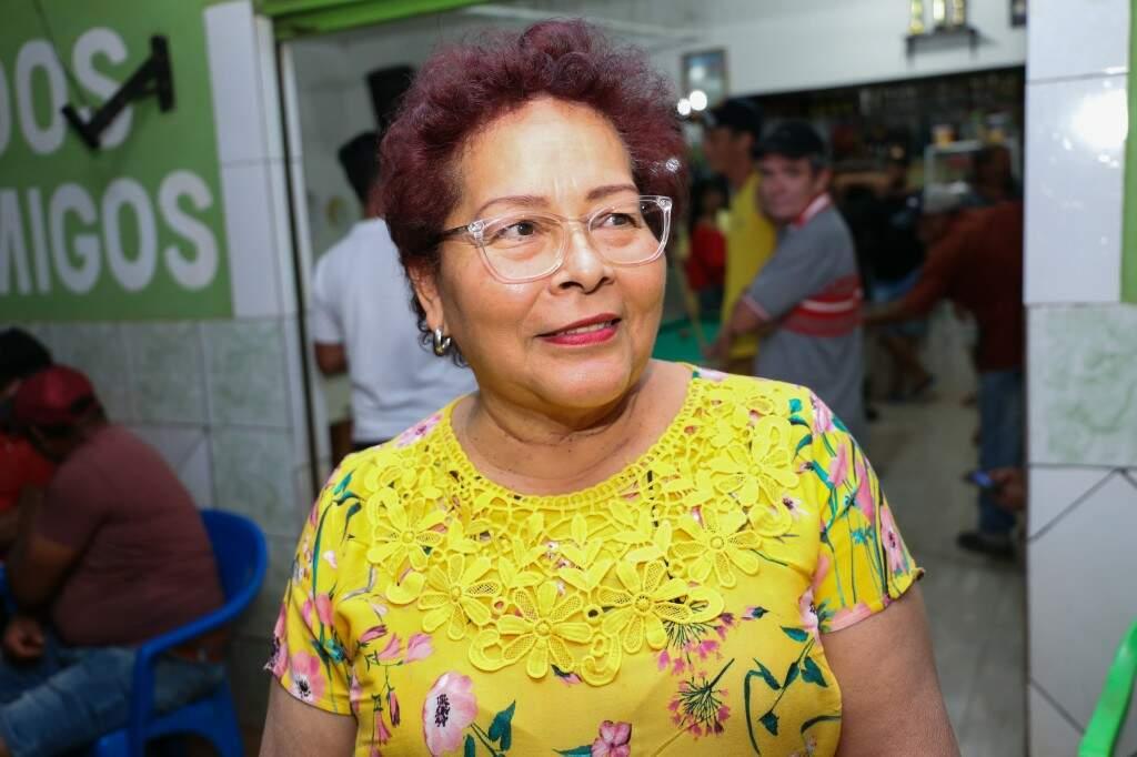 """Sandra costuma dizer que já deu """"nojo"""" para muito homem em torneio Campo Grande afora.  (Foto: Paulo Francis)"""