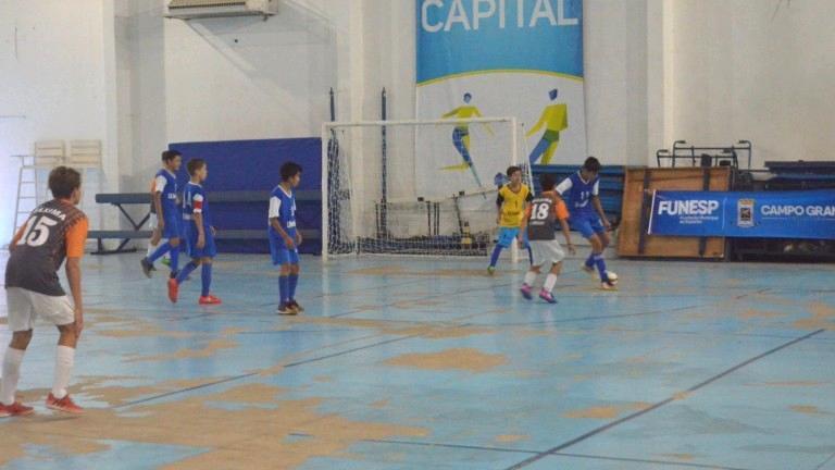 Partidas finais de futsal acontecem amanhã, no Ginásio Moreninho (Foto: Funesp)