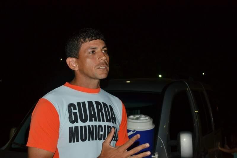 Júlio disse que vai participar da corrida pela confraternização e não pela competição. (Foto: Alan Diógenes)