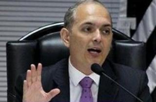 Desembargador federal Paulo Fontes afirma que municípios não têm motivos para agir em favor de produtores rurais em questões demarcatórias. (Foto: Justiça Federal/Arquivo)
