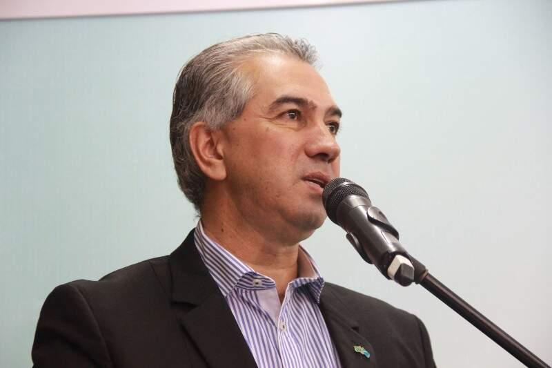 Reinaldo voltou a criticar falta de planejamento do antecessor (Foto: Fernando Antunes)