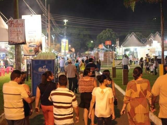 A polêmica envolvendo empresa promotora de shows na Expogrande e entidade dos estudantes continua, mesmo com acordo (Foto: Marcos Ermínio)