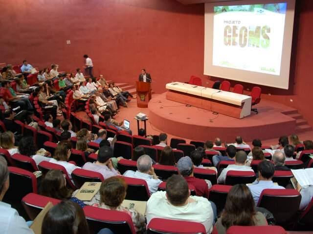 Apresentação dos resultados do projeto foi realizada em auditório do Centro de Convenções Rubens Gil de Camilo (Foto: Fernando da Mata)
