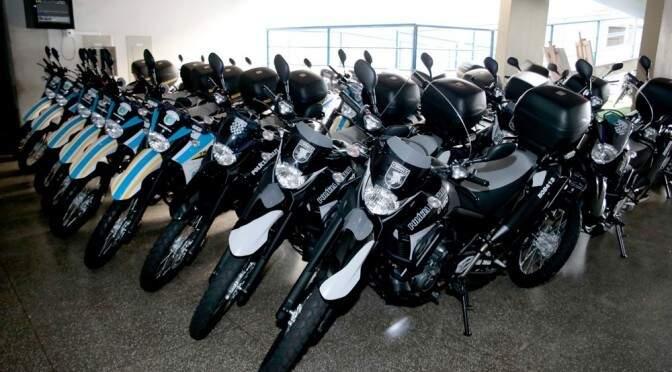 54 motocicletas, sendo 19 de 250 cilindradas e 35 de 660 cilindradas foram adquiridas pelo Governo. (Foto: Divulgação-Sejusp)