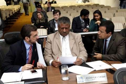 Bancada do PT em MS apresenta moção de repúdio pela morte de índio em Caarapó
