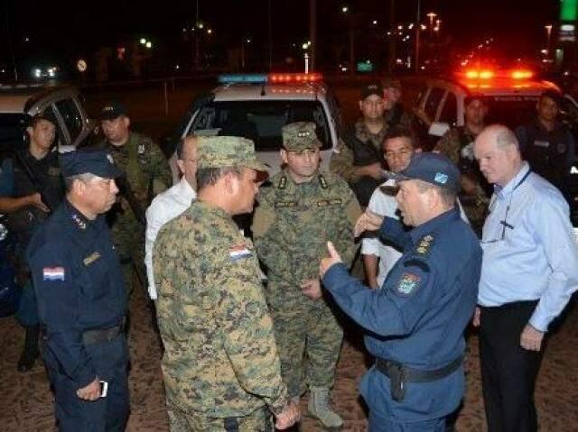 Policiais dos dois lados da fronteira realizam operação durante os dias do Black Friday (Foto: Porã News)