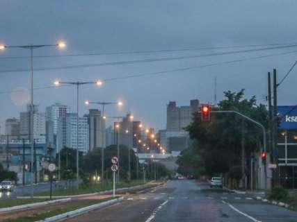 Frente fria traz chuva e instituto emite alerta de temporais para 40 cidades