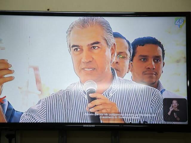 Governador Reinaldo Azambuja (PSDB) durante propaganda eleitoral (Foto: Guilherme Rosa - Arquivo)