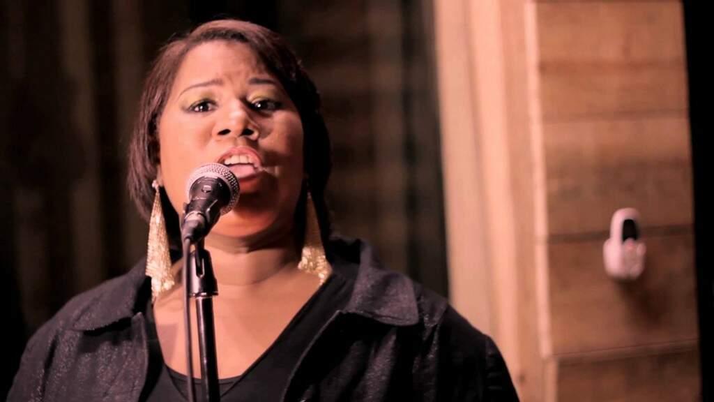Marta Cel se apresenta e é uma das personalidades que representa a luta das mulheres negras em Campo Grande. (Foto: Reprodução)