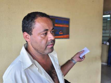 Pacientes esperam 8 horas por atendimento no Posto do Guanandi