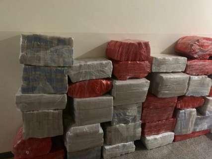 Polícia localiza quase 2 toneladas de maconha em barracão