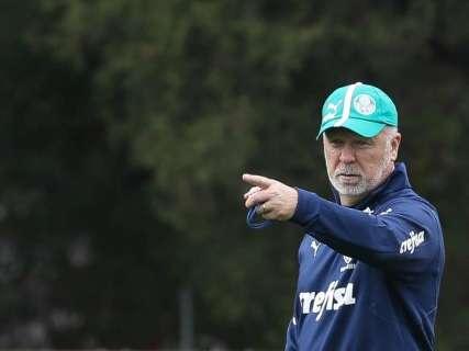 Terça de futebol tem Brasil x Peru e jogo atrasado do Palmeiras no Brasileirão
