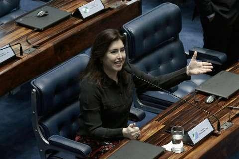 Indicada em Comissão, senadora prefere não manifestar voto