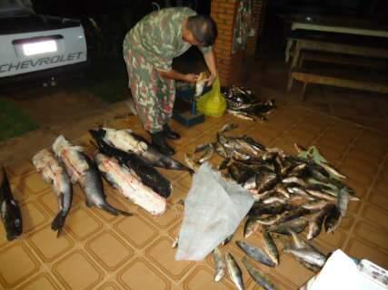 Homem flagrado com 173 kg de pescado recebe R$ 4,4 mil de multa