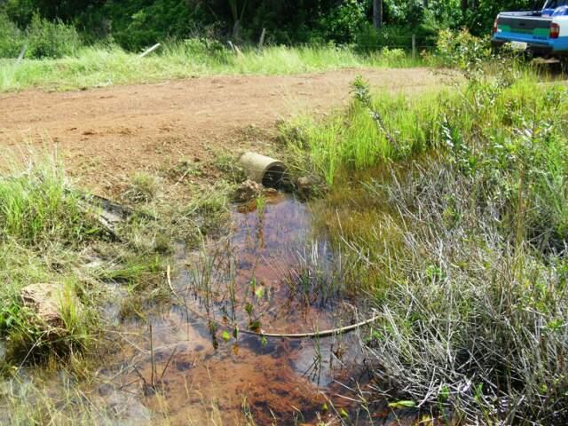 Curso d'água foi desviado por conta da intervenção. (Foto: Divulgação PMA)