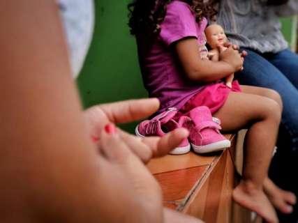 Sem dinheiro, lar que atende crianças soropositivas vai fechar as portas