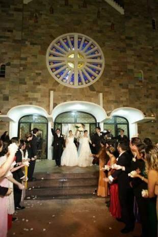 O primeiro sim dito pelos quatro foi diante da ideia de se casarem juntos. (Foto: Eurides Aoki)