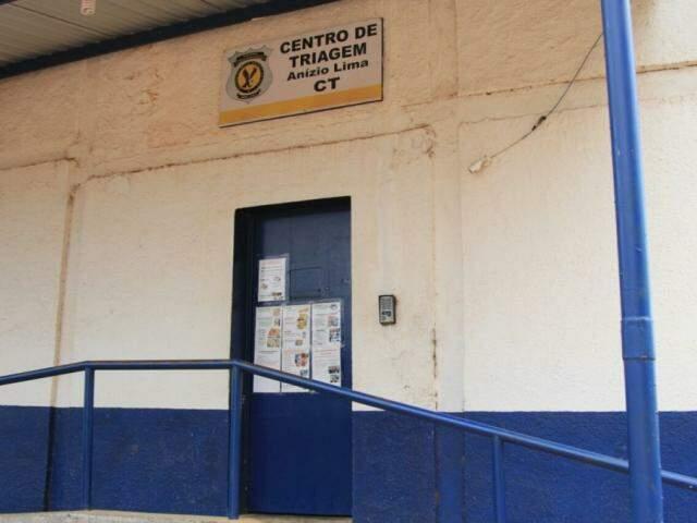 Entrada do Centro de Triagem, na manhã desta sexta-feira (dia 3). (Foto: Marina Pacheco).